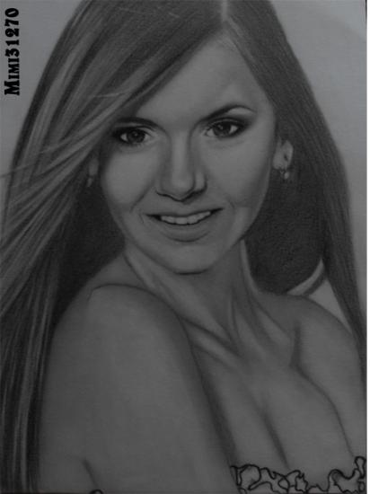 Nina Dobrev por mimi31270